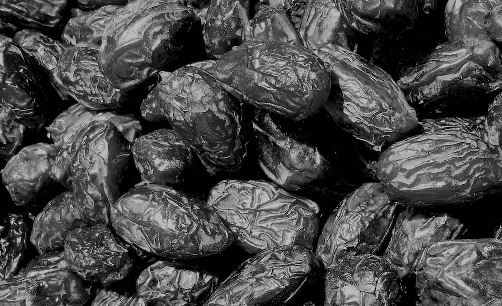 Dates in Black and White
